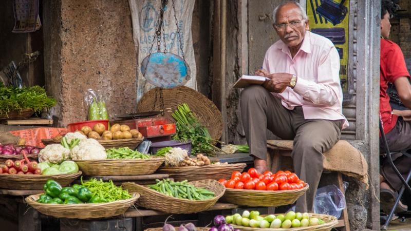 Vegetable prices showed a sharp decline.