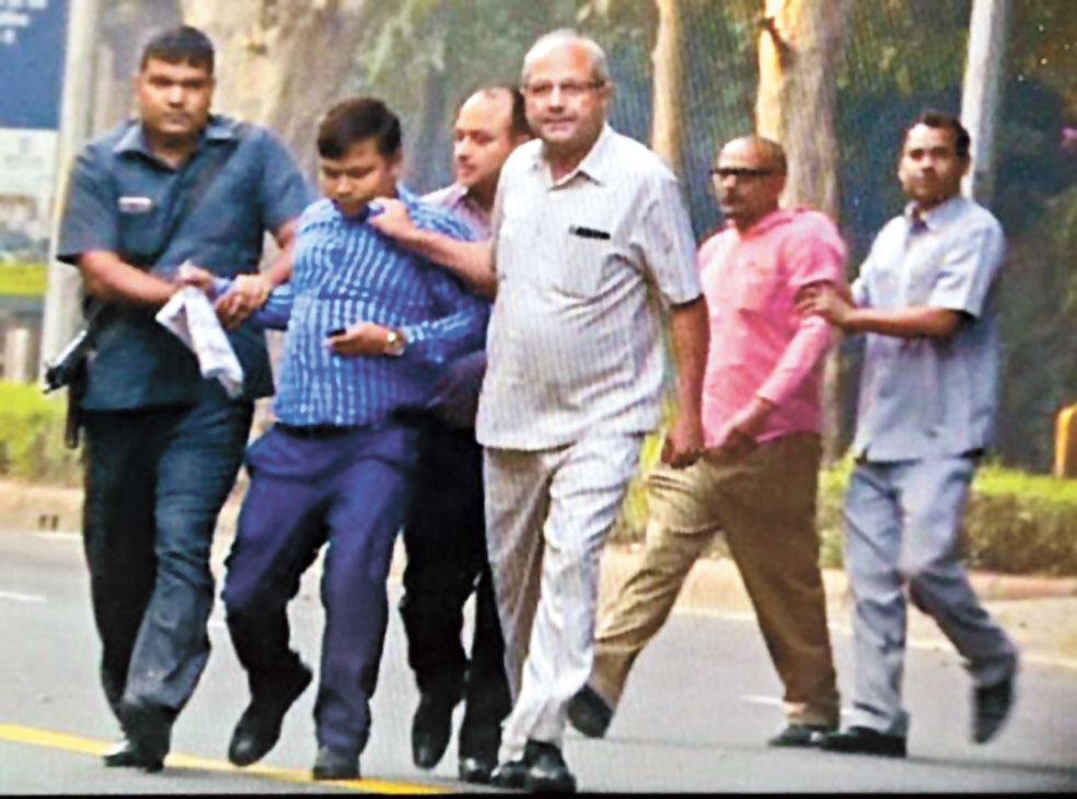 Spy Vs Spy: IB men held near Verma's house