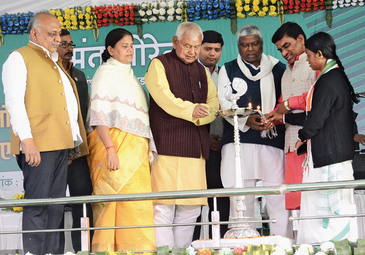 Dhanbad MP PN Singh (in yellow kurta), inaugurates the foundation stone laying ceremony at Golf Ground in Dhanbad on Thursday.