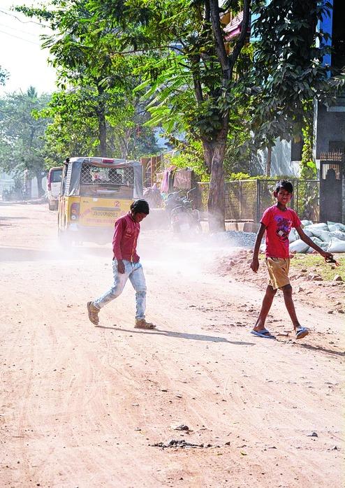 Harmu grapples with hazard haze