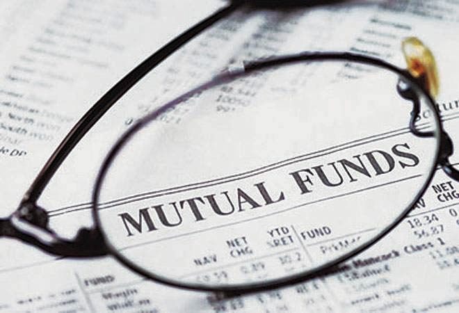 Latest data released by the Association of Mutual Funds in India (AMFI) showed net inflows into equity schemes during October stood at Rs 14,783 crore compared with Rs 11,251 crore in the previous month.