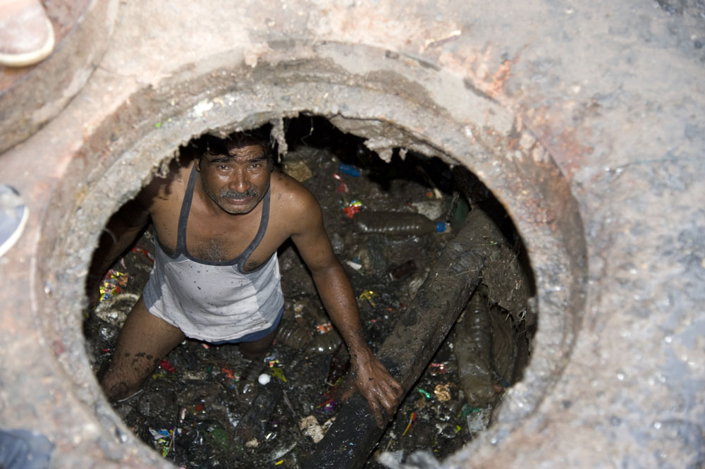 The latest data from a survey conducted by the National Safai Karamcharis Finance & Development Corporation this year on manual scavengers has found their number has risen by over 6,800 compared with figures states had supplied three years ago.