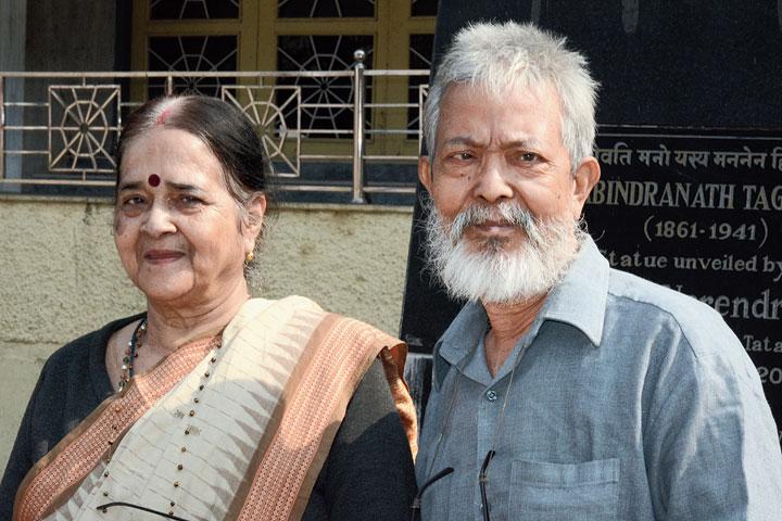 LI Singh with wife Jayashree