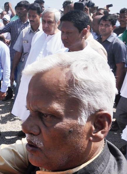Naveen visits Titli-hit Gajapati