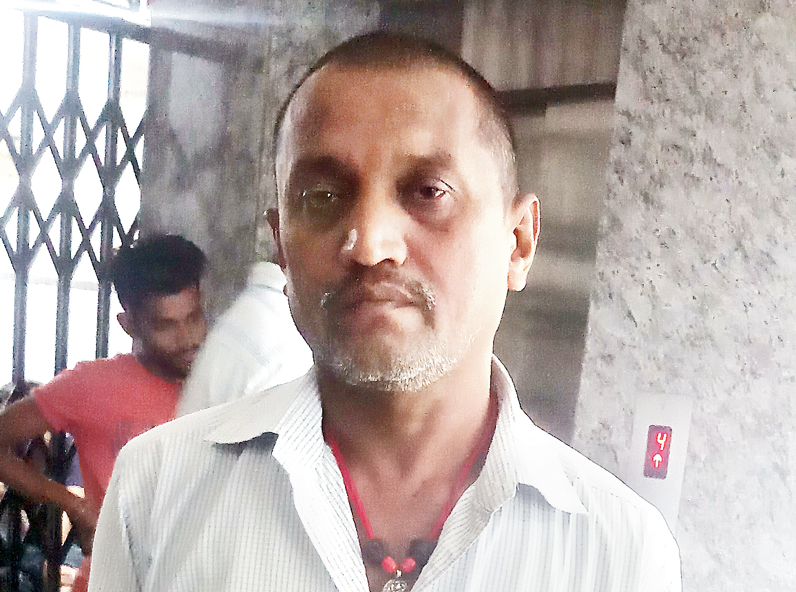 Ramniranjan Thakur, father of slain CRPF jawan Ratan Thakur, at Rani Children Hospital in Ranchi on Sunday.