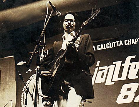 Dilip Balakrishnan at JazzFest in Calcutta, 1982