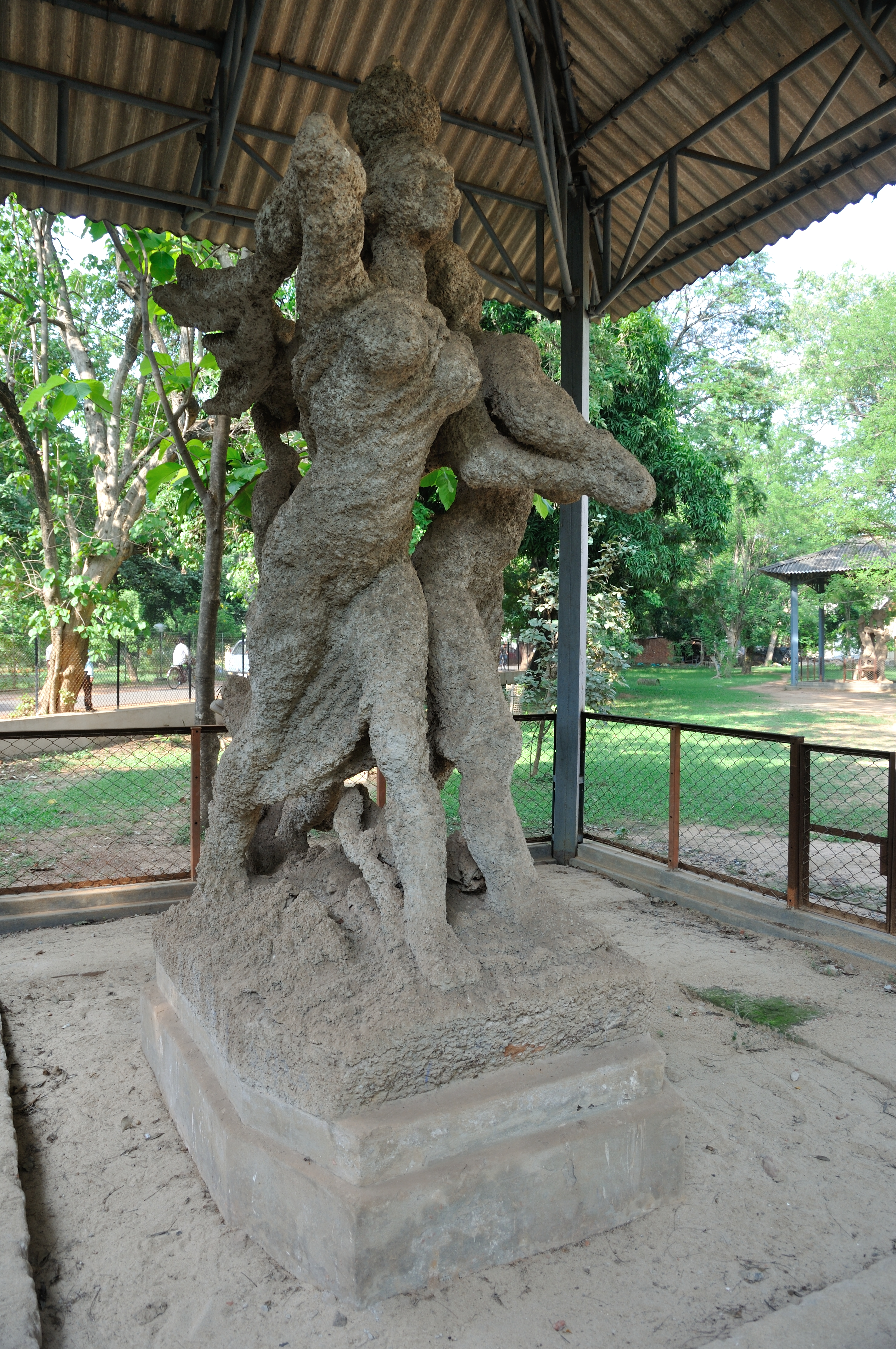 Baij's outdoor sculptures rise out of the ground, much like the termite mounds seen growing out of the red soil of Birbhum