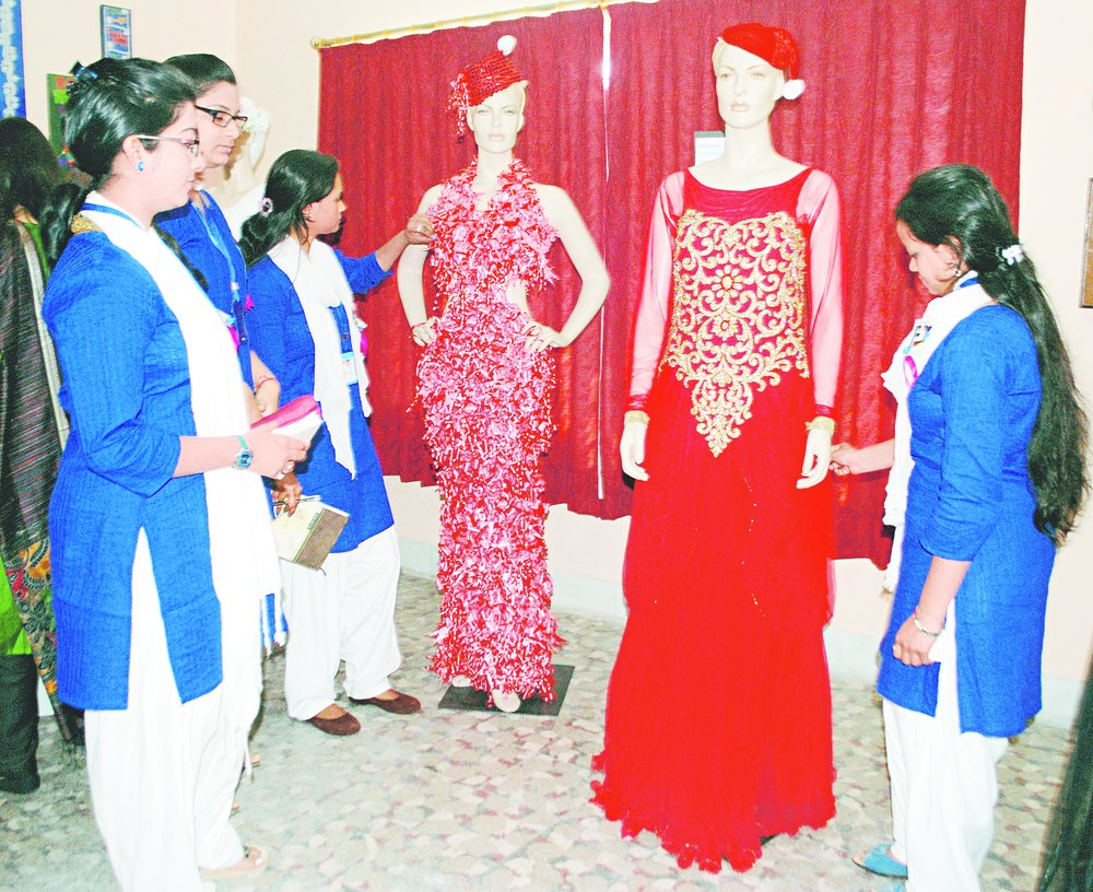 Fashion Arrives In Style On Campus Telegraph India