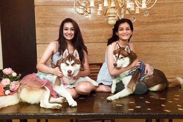 Sneha Singhi (left) with sister Sakhi.