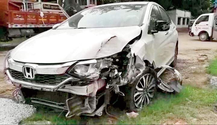 The car in which Debanjan Das was found dead on Navami night.