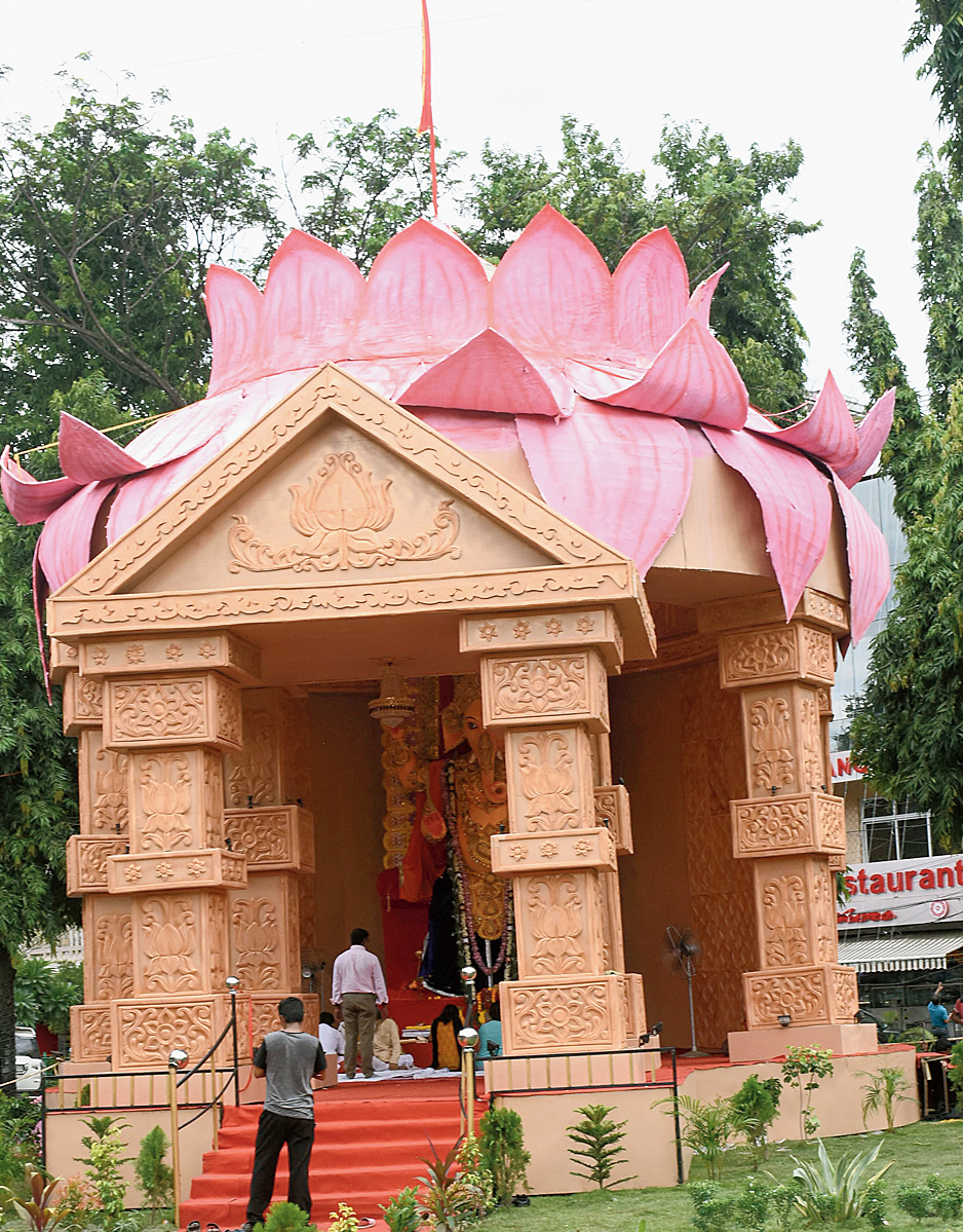 The Maitri Sangha Ganesh puja pandal with a giant lotus atop. The lotus also happens to be the symbol of the BJP.