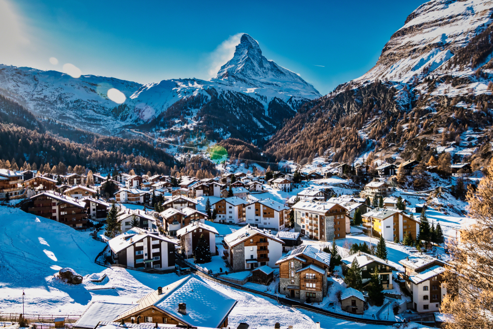 More than 200 ski regions in Switzerland offer everything when it comes to winter sports