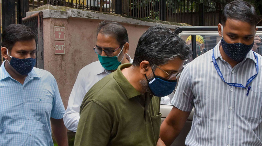 Hany Babu of Delhi University being produced in NIA court in Mumbai on Wednesday.