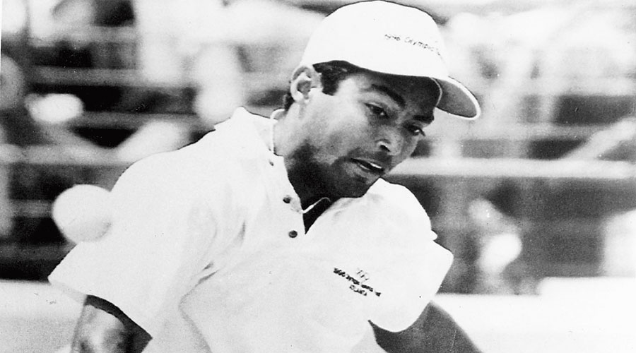 Leander Paes during his semi-final match against Andre Agassi at  the Atlanta Olympics