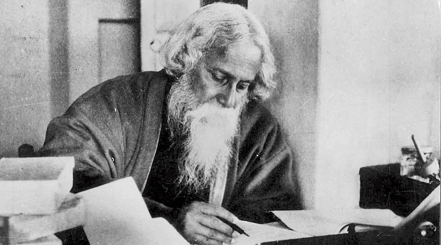 Tagore poem's similarity with the present 'eerie'