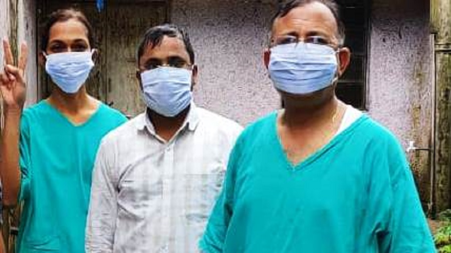 Director medical services of BGH (extreme right) after coming out Covid CCU Ward after collecting samples of patients