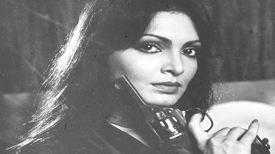 Parveen Babi in the film Bond 303