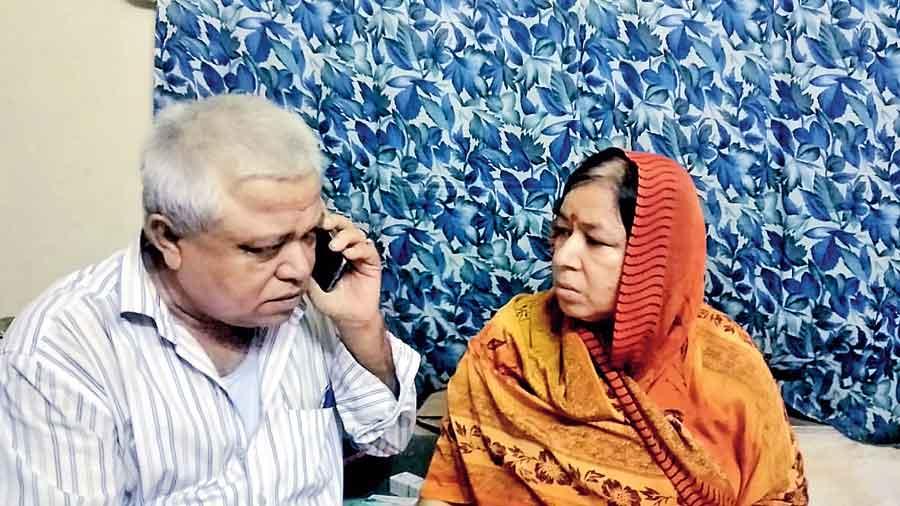 Parents of Abhik Biswas at Konnagar on Saturday.