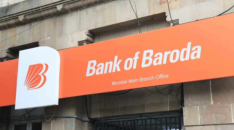 The bank had posted a net profit of Rs 710 crore in the same quarter a year ago.