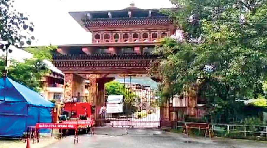 The closed gate on Tuesday at the India-Bhutan border in Phuentsholing, which connects Alipurduar in Bengal