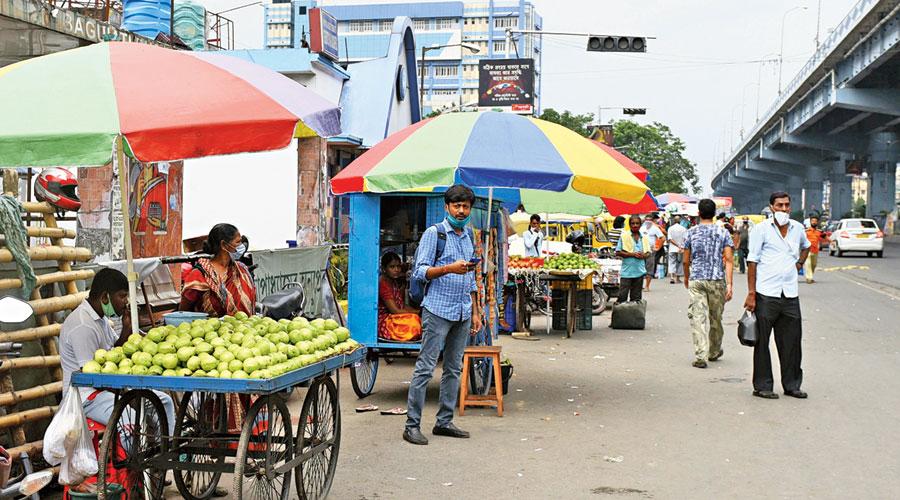 Stalls along VIP Road in the Baguiati area.