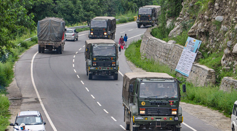 Indian Army trucks move towards Ladakh on the Manali-Leh highway