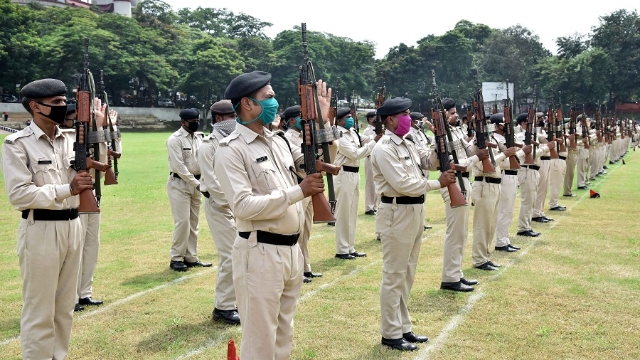he jawans of Indian Reserve Battalion ( IRB) rehearse for Independence Day celebrations at the Gopal Maidan on Wednesday