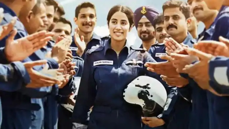 The movie is based on the life of IAF officer Gunjan Saxena who became the first woman pilot to take part in the 1999 Kargil war.