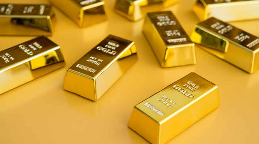 In Calcutta, pure gold closed down Rs 2,860 at Rs 53,310.