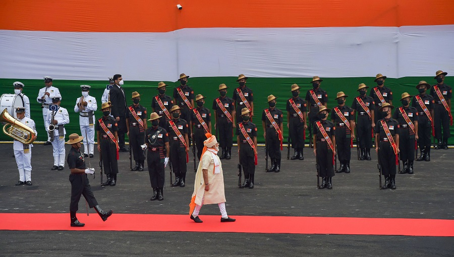 Prime Minister Narendra Modi inspects the Guard of Honour during the 74th Independence Day celebrations, at Red Fort in New Delhi on Saturday