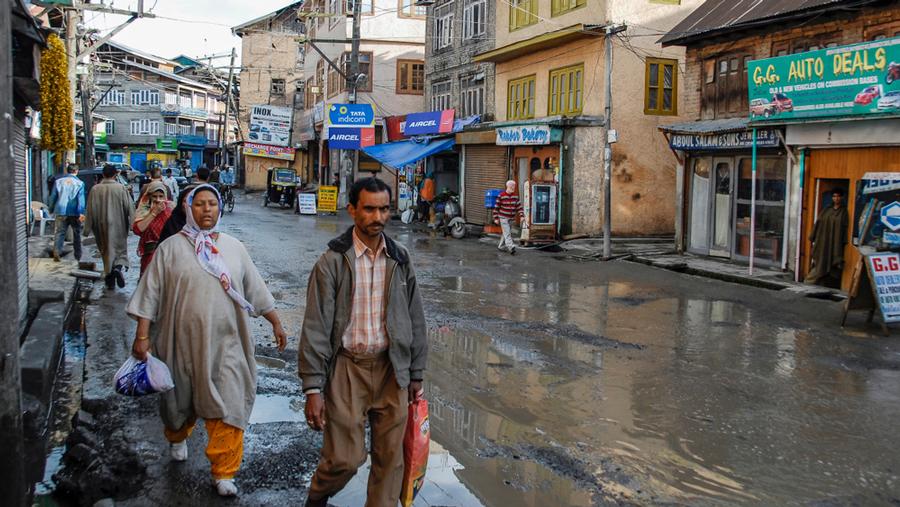 A market in Srinagar.