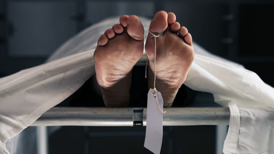 Two persons were grievously injured and rushed to Midnapore Medical College, but one of them died on the way, an eyewitness said