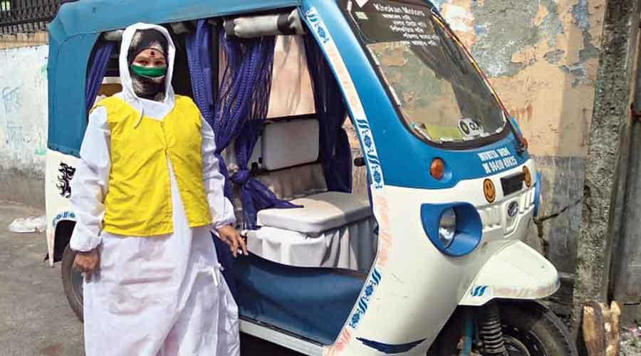 Toto driver Munmun Sarkar in Siliguri
