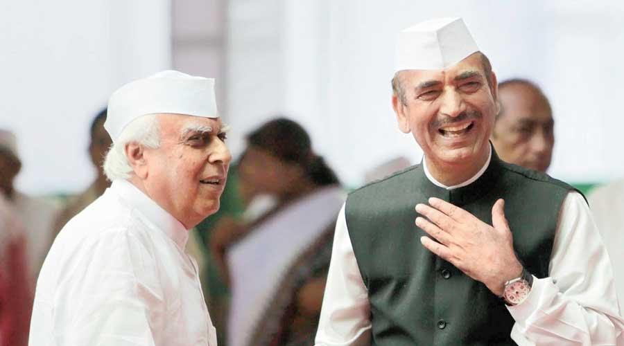 Kapil Sibal and Ghulam Nabi Azad.