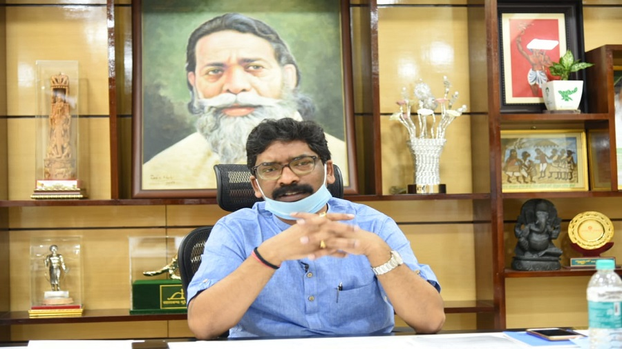 Chief minister Hemant Soren at his home office in Ranchi addressing the e-conference of CMs chaired by Congress president Sonia Gandhi on Wednesday
