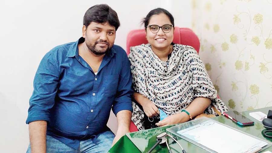 Doctor couple Jahangir Alam and SR Nasrin in Malda.