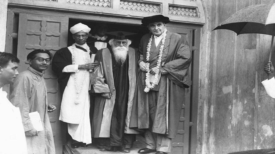 PEDIGREE: Dr Sarvepalli Radhakrishnan, Rabindranath Tagore and Chief Justice of India Sir Maurice Gwyer at a special convocation of Oxford University at Visva-Bharati in 1940