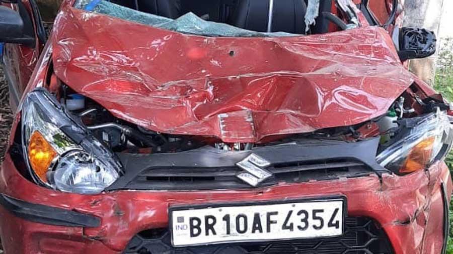 RJD leader Bijendra Yadav's car after the accident.