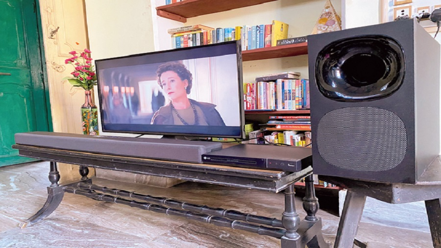 Sony's HT-G700 soundbar delivers theatre-like sound at home