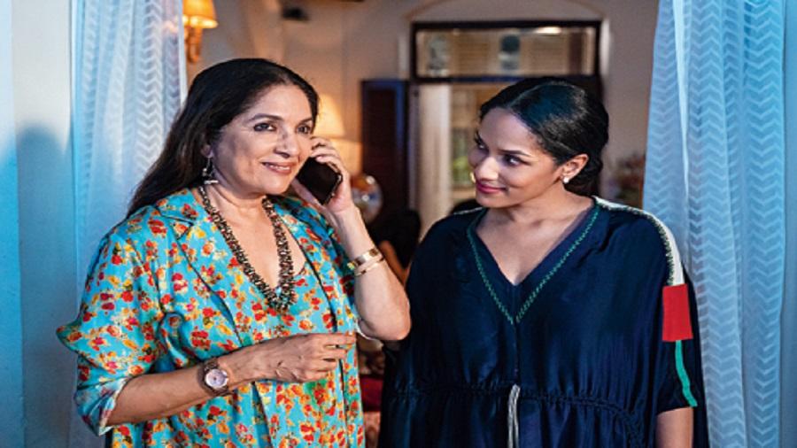 Neena and Masaba Gupta in Masaba Masaba, now streaming on Netflix