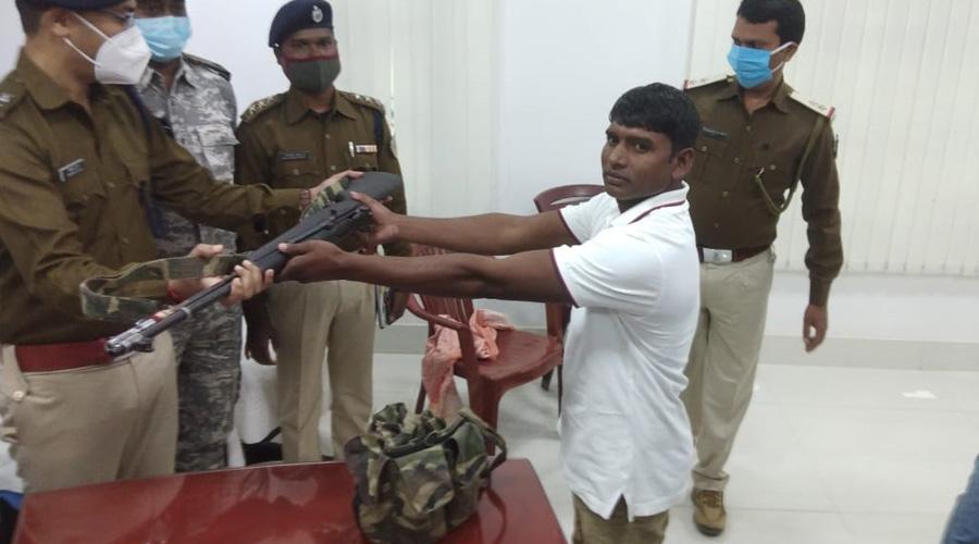 TPC subzonal commander Udesh Ganjhu surrenders in Chatra on Tuesday.