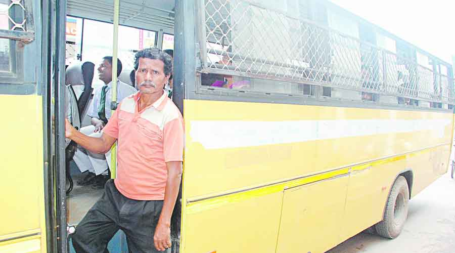 There are around 4,000 school bus operators in Calcutta and its adjoining areas, who have outsourced the service to contractors or agencies