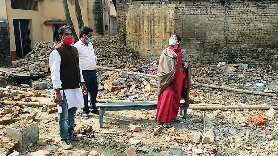 BJP leader Sreerupa Mitra Chowdhury visits the premises of the school in Kalitala, Malda, on Friday.