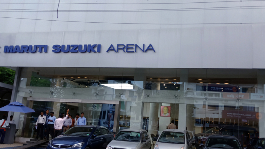 Maruti will subsequently extend the service to non-salaried and Arena customers and cover more cities.  The platform is hosted on www.nexaexperience.com, comprising eight financiers — HDFC Bank, Yes Bank, ICICI Bank, IndusInd Bank, Cholamandalam Finance AU Small Finance Bank, Mahindra Finance and Kotak Mahindra Prime.