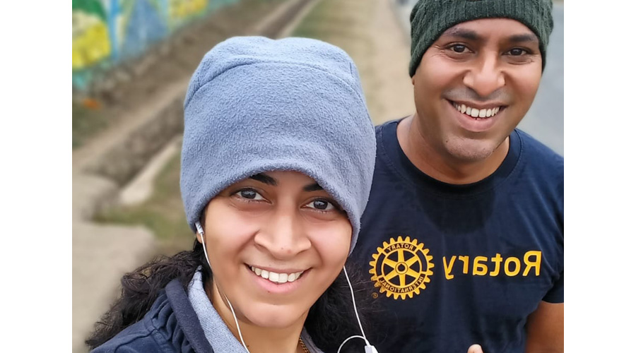 XLRI staffers Anuja V and S. Vaidyanathan, who were among the 100 who took part in the virtual run in Jamshedpur on Sunday.