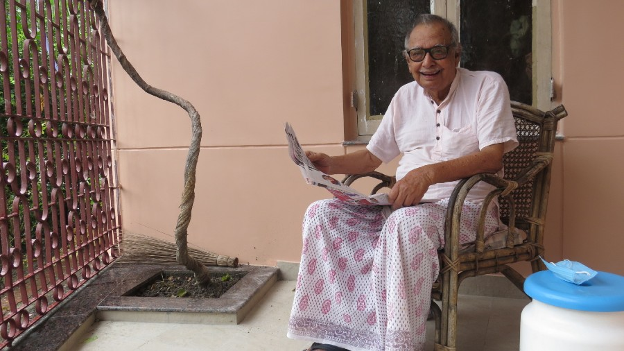 Chandrasekhar Bose reads a newspaper in the verandah of his IB Block residence ahead of his birthday on December 14.