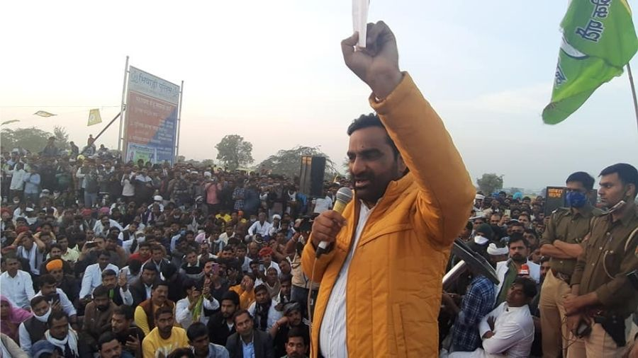 RLP convener Hanuman Beniwal at a rally in Shahjahanpur in support of farmers, on Saturday.