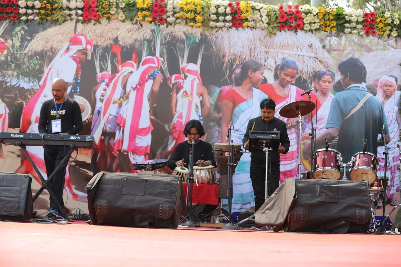 Musicians entertain the crowd gathered at the Morabadi Stadium to mark the anniversary of the state government, in Ranchi,  on Tuesday.
