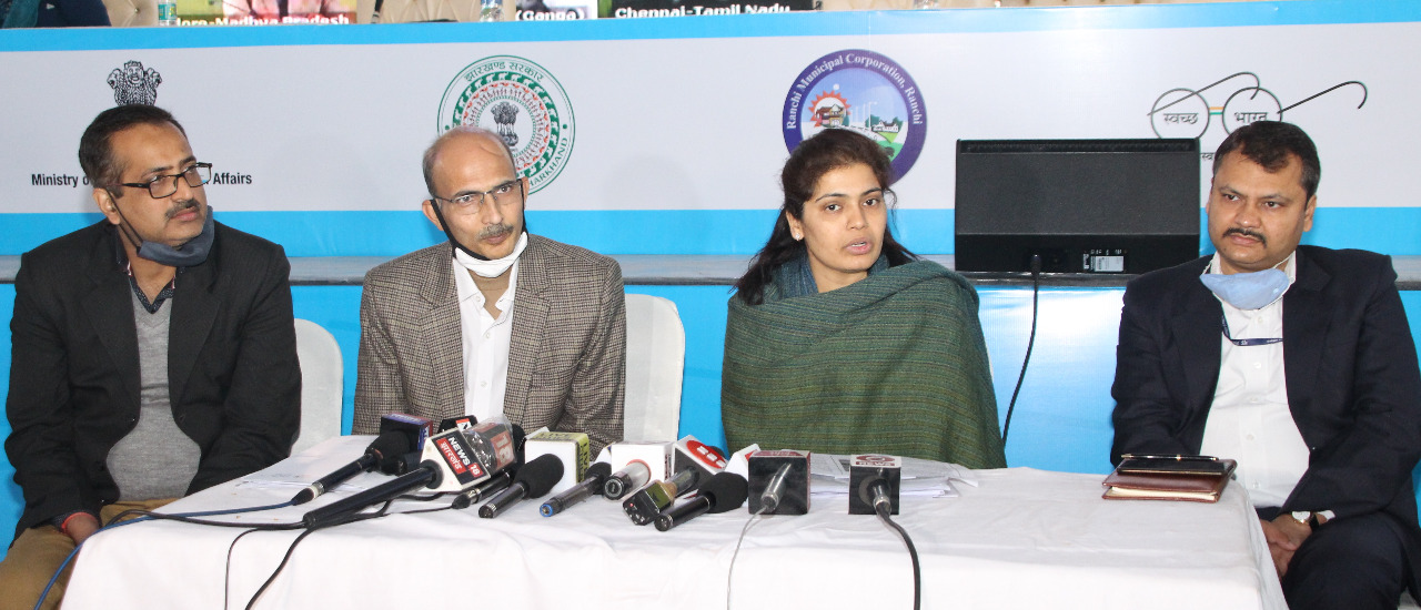 Vijaya Jadhav, director municipal administration (second from right), with other officials announcing the Light Houses Project in Ranchi on Thursday.