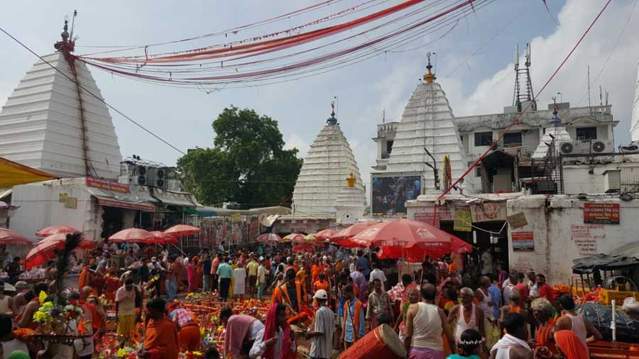 Baba Baidyanath temple in Deoghar. Telegraph picture